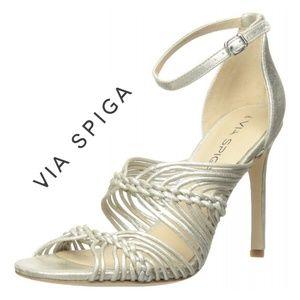 Gorgeous Shimmery Via Spigal Sandals